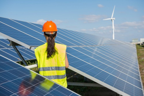 Growing Employment of Solar and Wind Industries