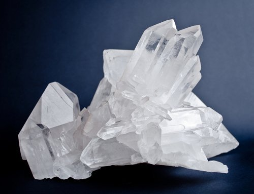 IEC 60758 – Synthetic Quartz Crystals