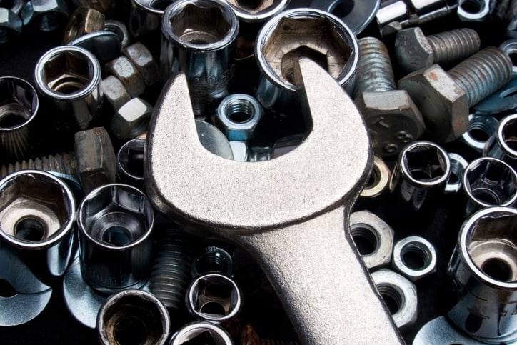 Wrench and nuts with zinc hot-dip galvanized coatings tested to ASTM A123-17