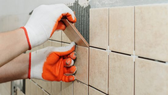 Following ANSI A108/A118/A136.1:2020 to lay ceramic tile